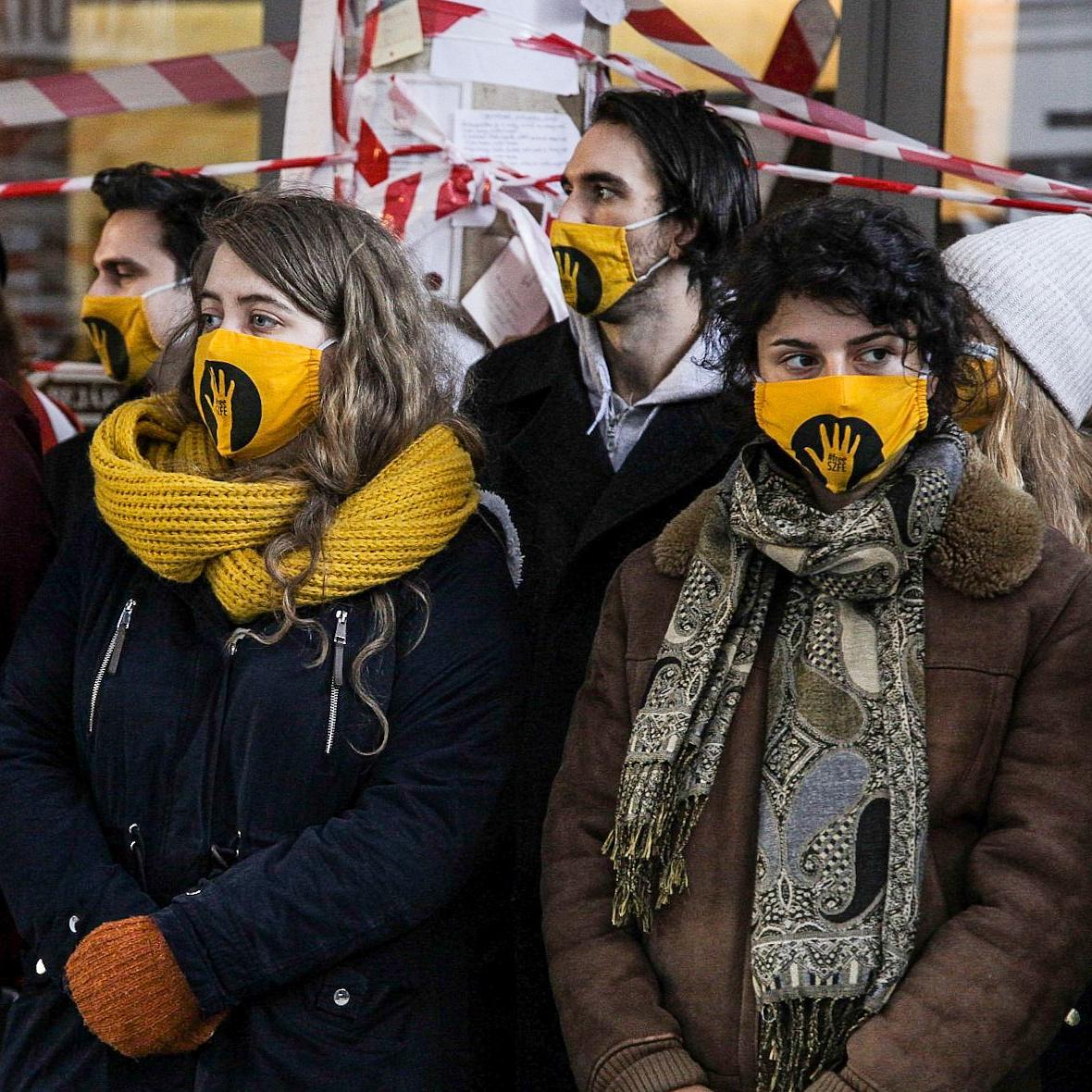 Az SZFE 65 oktatója állt ki a diákok és az egyetemi autonómia mellett, cselekvést sürgetnek